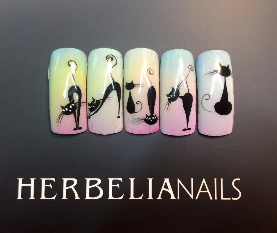 HERBELIANAnails